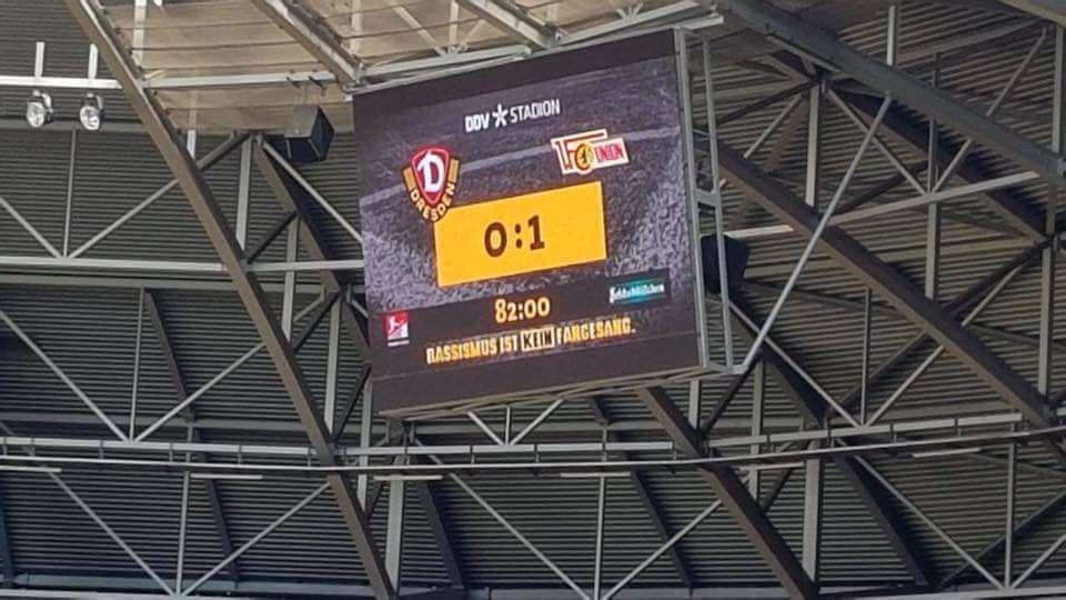 Sg Dynamo Dresden Vs 1 Fc Union 34 Spieltag 20172018 Gockelz